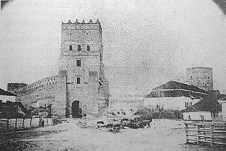 Перая фотография замка. 1866 год, Автор Козловский